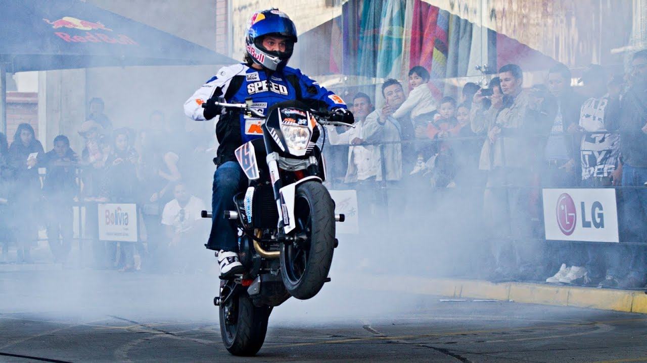 Sport Bike Stunt Riding In La Paz Aaron Colton 2013