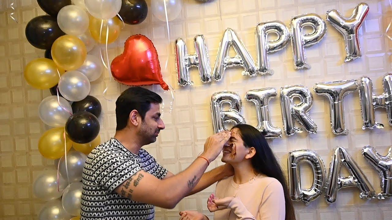 Birthday Ki Gift Kara? Wishing Birthday To Wife | Birthday Celebration Song | decoration ideas home