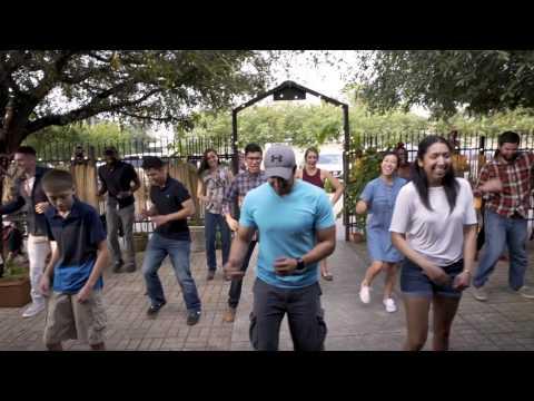 Perfect Flashmob Proposal at 1424 Bistro