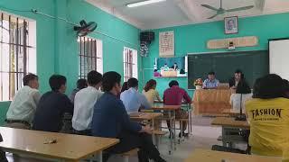 Thầy giáo BÙI VĂN HỮU hiệu trưởng trường THCS THÁI HƯNG thăm dự tiết chuyên đề KH lớp 4 và HH lớp 8