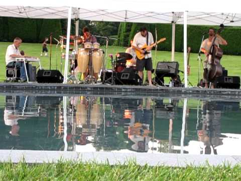 """Colorado Motel"" ~ Cris Jacobs Band 6-10-12 Ladew Gardens"
