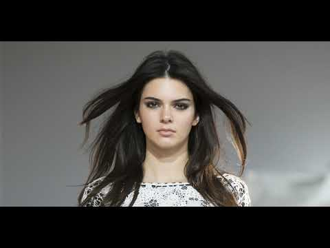 Kendall Jenner sued over t-shirts again  || SocialNews.XYZ