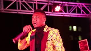 RAYVANNY, ENOCK BELLA Wampa SAPOTI MAROMBOSSO LIVE kwenye STAGE katika Utambulisho wake