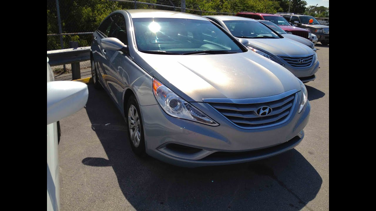 Hyundai Sonata: Starting the engine
