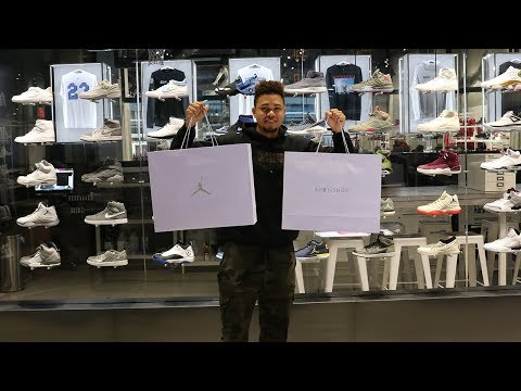 SNEAKER SHOPPING AT THE BIGGEST JORDAN STORE IN TORONTO!