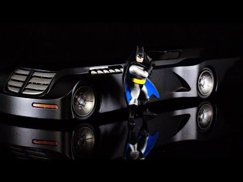Jada toys metal die cast Batman The Animated series Batmobile and Batman review