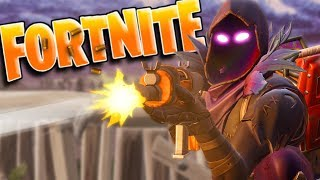 ATTEMPTING MY FIRST SOLO WIN | Fortnite: Battle Royale