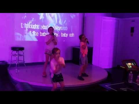 Wonderful Performance by the Voss Family2 @ August Karaoke Box