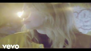 Hannah Lou Clark - Don't Sweat It