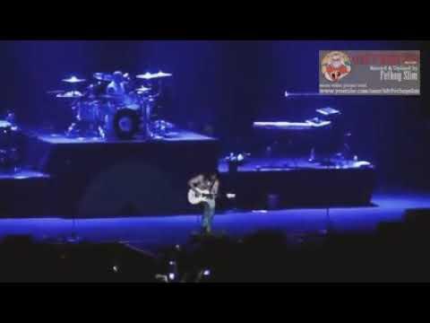 Gun N Roses (Indonesia Raya - Don't Cry) Live In Gelora Bung Karno