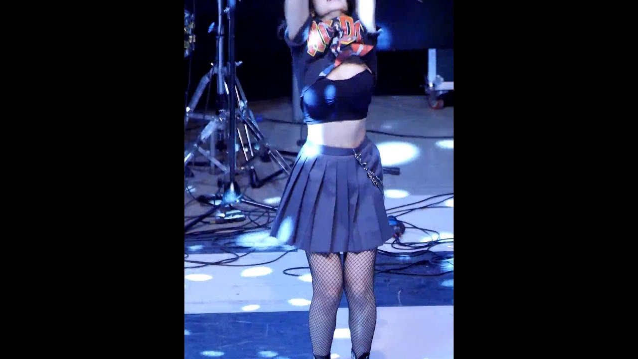 170516 블랙핑크 (BLACKPINK) - 붐바야(BOOMBAYAH) [제니] JENNIE 직캠 Fancam (용인 명지대학교축제) by Mera