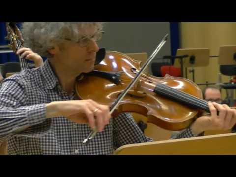 Iancu DUMITRESCU : HOLZWEGE II for  viola and ensemble rehearsal