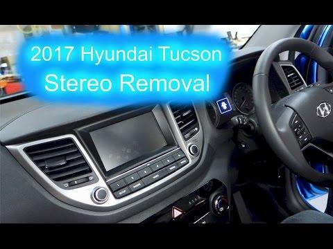 2017 Hyundai Tucson Stereo Removal