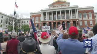 Coronavirus in Massachusetts: Video of protesters in Boston push for reopening of state