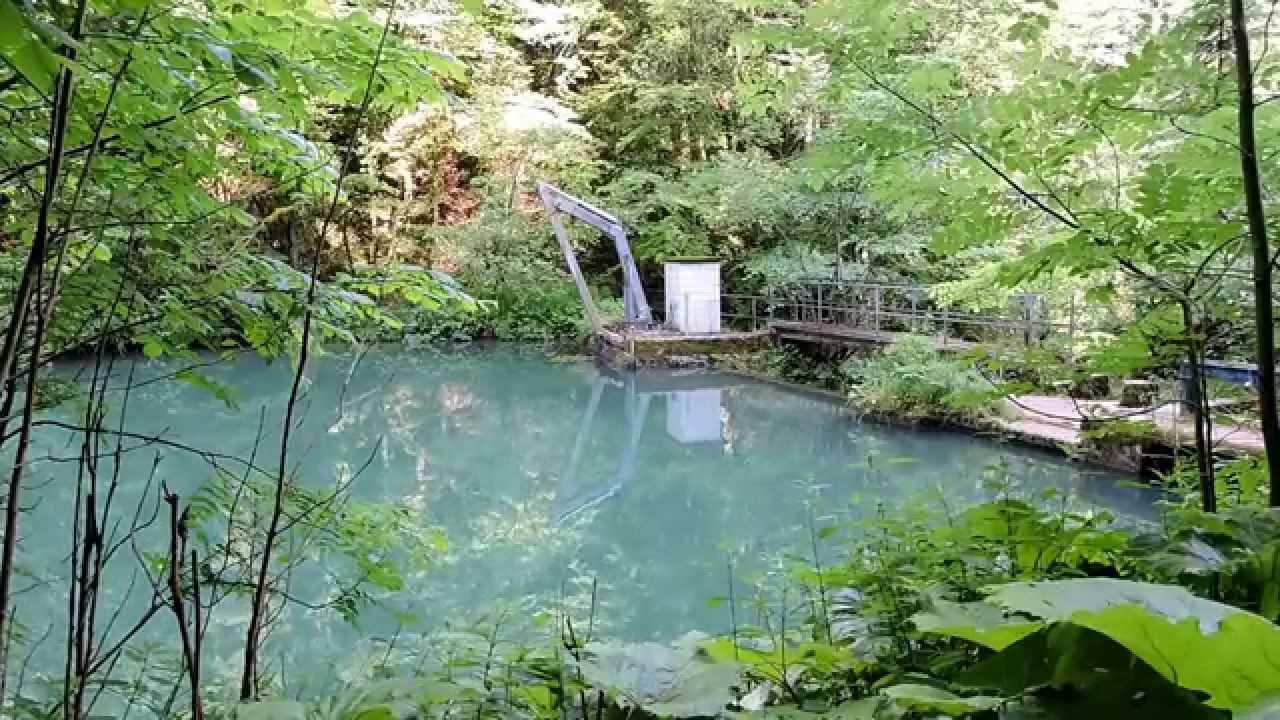 Le petit lac vert du pichoux undervelier youtube for Les pachas du canape vert