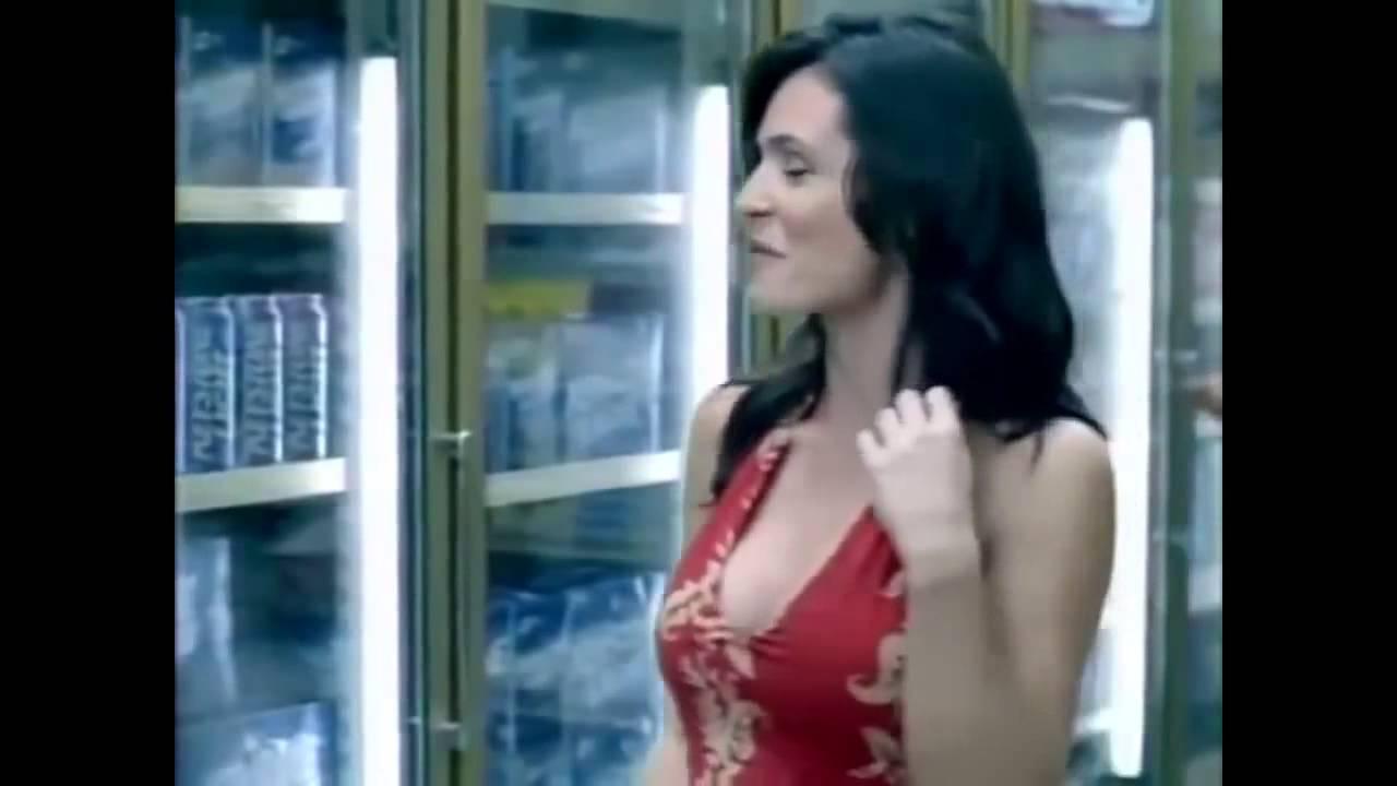 РЕКЛАМА +18 Прикольные эротические и сексуальные видео на различные товары часть 3