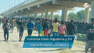 Casi una veintena de vehículos del Departamento de Seguridad Pública estaban estacionados en el puente y el río donde desde hace unas tres semanas los migrantes estaban cruzando desde Ciudad Acuña en México hacia Texas