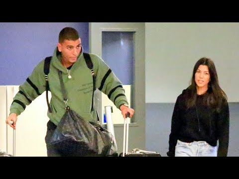 Kourtney Kardashian And Beau Younes Bendjima Arrive In L.A. After Romantic Trip To Mexico