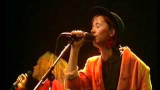Tøsedrengene - Indianer (Live 1985)