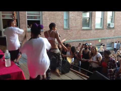 """Maluca performing """"Ging Danga"""" LIVE"""