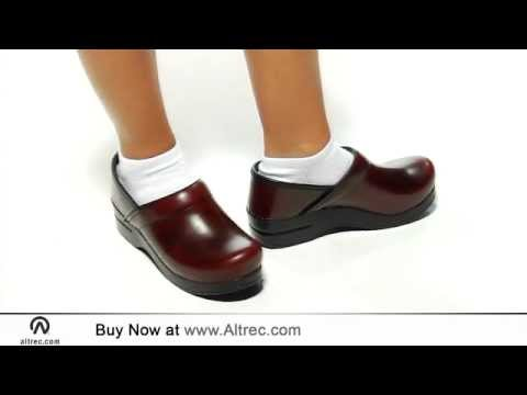 Dansko Womens Professional Cabrio Clogs Youtube
