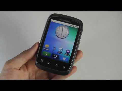 Retro Review: Motorola Spice - Android Meets Palm Pre?