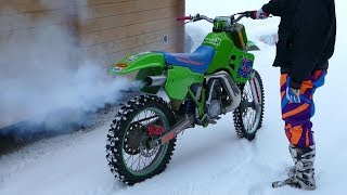 Kawasaki KX500 2-Stroke | Winter Coldstart | Raw Sound (The Best Sound) thumbnail
