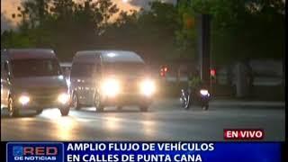 Amplio flujo de vehículos en calles de Punta Cana 2019