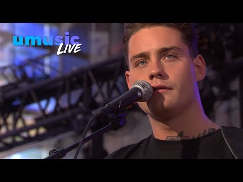 Douwe Bob - Pass It On - Live@Nederland Helpt Sint-Maarten