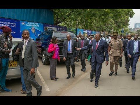 Kenyans react to President Uhuru Kenyatta's short walk to a meeting