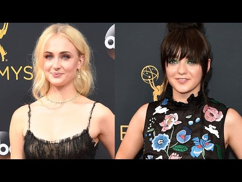 Sophie Turner & Maisie Williams Get Matching Tattoos Before 2016 Emmys