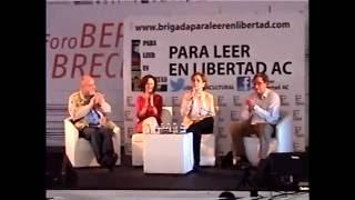 Carmen Aristegui en la feria del libro en el Zócalo, CDMX.  2016