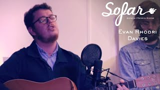 Evan Rhodri Davies - We Could Be Friends | Sofar Harrogate