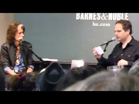 JOE PERRY Aerosmith BOOK Release ROCKS Q & A in Barnes & Noble NY Oct 7,2014 Part 2
