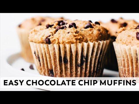 Easy Chocolate Chip Muffins // vegan, grain-free, healthy