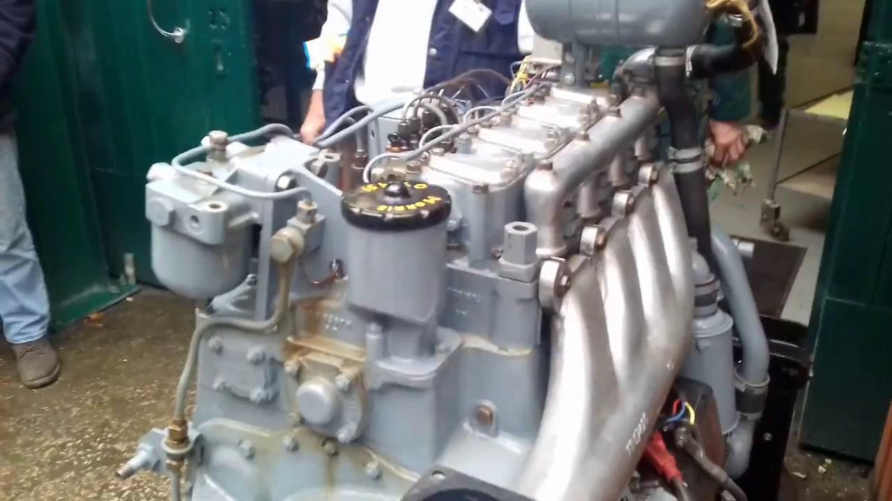 Foden 4 cylinder diesel 2 stroke truck engine - YouTube