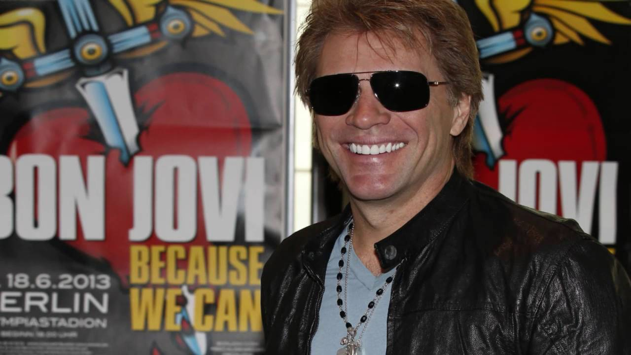 Watch Jon Bon Jovi Surprise Fan Who Is Fighting Stage 4 Cancer pictures