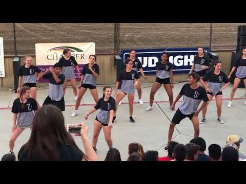 Tulare Union Cheerleaders Competing