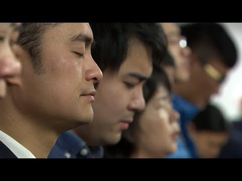 Why China's growing number of Christians fear Xi Jinping's tightening grip on power | ITV News