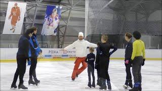 Евгений Плющенко со своей старшей группой спортсменов