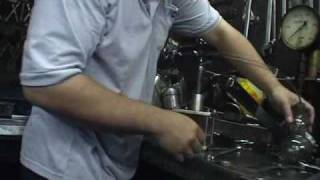 Commonrail diesel injector repair and service Part 1 .avi
