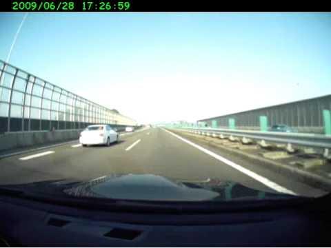 a scud after a jam on Meishin Express Way in Nagoya, Japan 名神高速事故渋滞