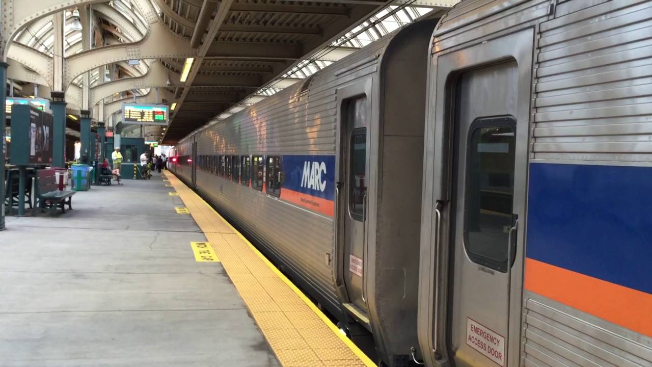 septa regional rail train 1218 with marc single levels and amtrak acs 64 643 youtube. Black Bedroom Furniture Sets. Home Design Ideas