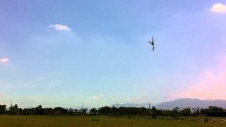 2011/06/18 小吳700E練些新動作[大仁飛場]