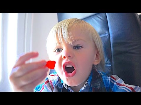AIRPLANE CANDY ATTACK!