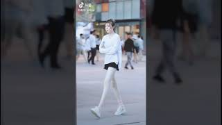 Street style Đường Phố Của Giới Trẻ Trung Quốc #12 | China Spring/Summer Street Style 2019