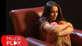 Müjde - Acım Saklı (Video)