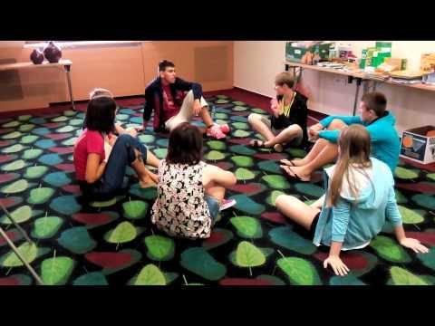 Kennen / auskennen / kennenlernen   Deutsch B1 B2 C1 von YouTube · Dauer:  4 Minuten 19 Sekunden
