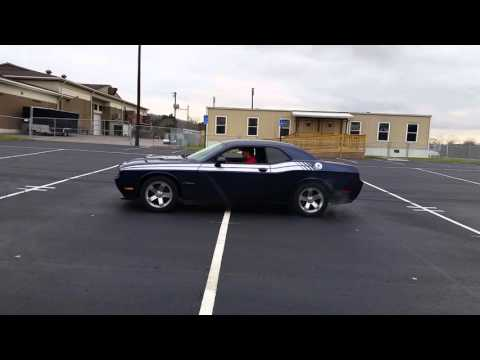 V6 Dodge Challenger Burnout (STOCK)