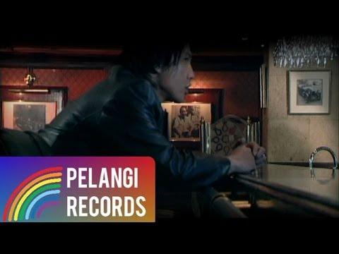 Pop - Caffeine - Seperti Bidadari (Official Music Video)